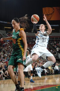 Today we flashback to June 24, 2011 when Lindsay Whalen shot a jumper over Seattle's Sue Bird. The two veteran point guards will face off tonight at the Target Center.