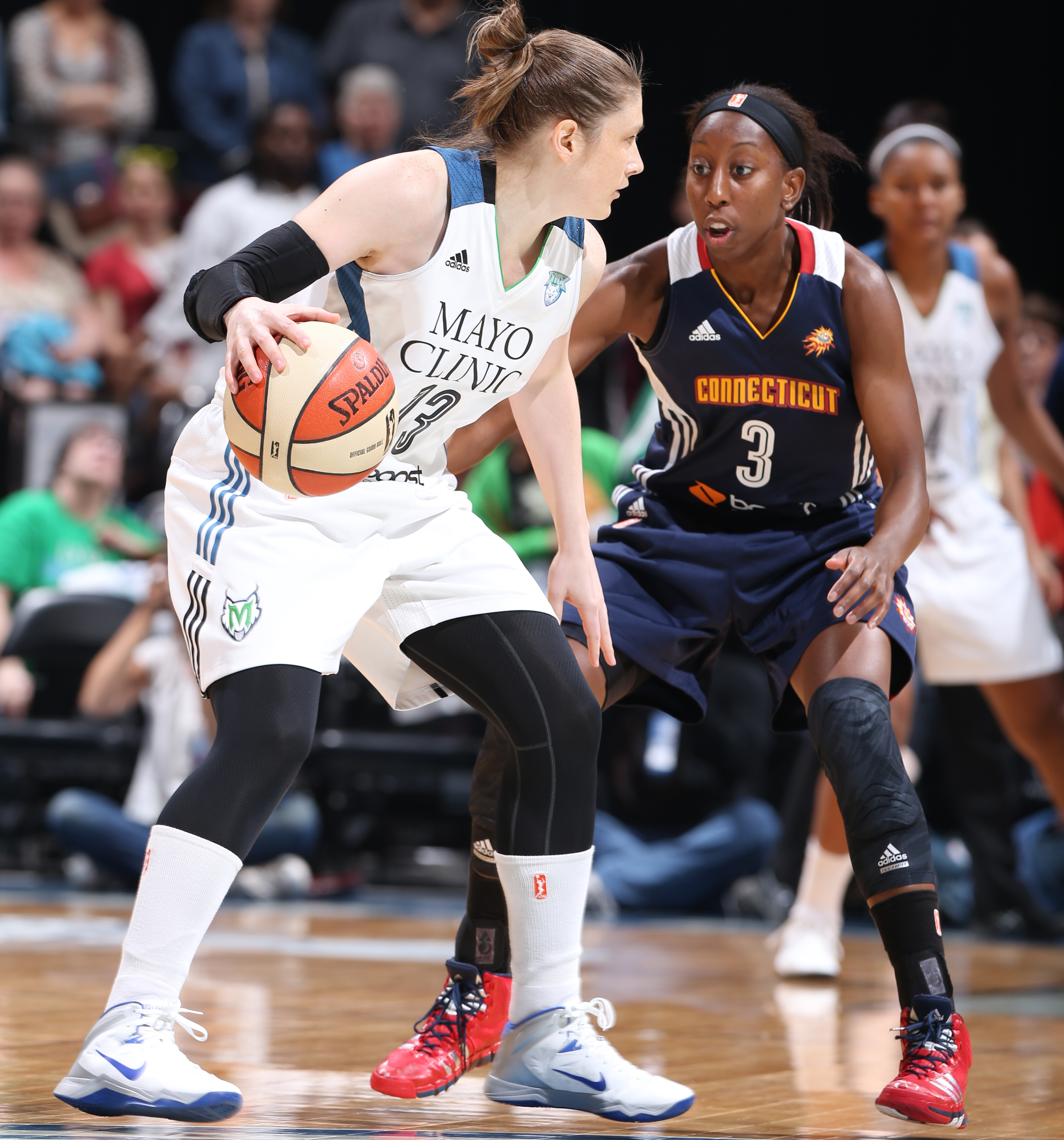 2014's Home-Opener: Lynx guard Lindsay Whalen had a solid overall night scoring  17 points to go with her five rebonds, four assists and three steals.