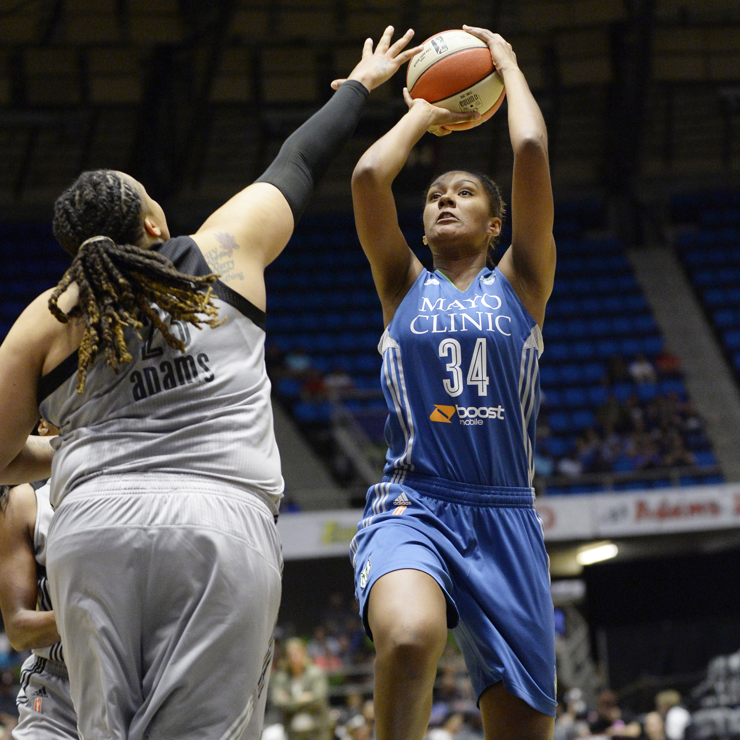 Lynx center Damiris Dantas came off the bench to score seven points to go with her three rebounds and three assists to help fuel the Lynx to a 74-59 victory over the San Antonio Stars on Friday night in San Antonio.