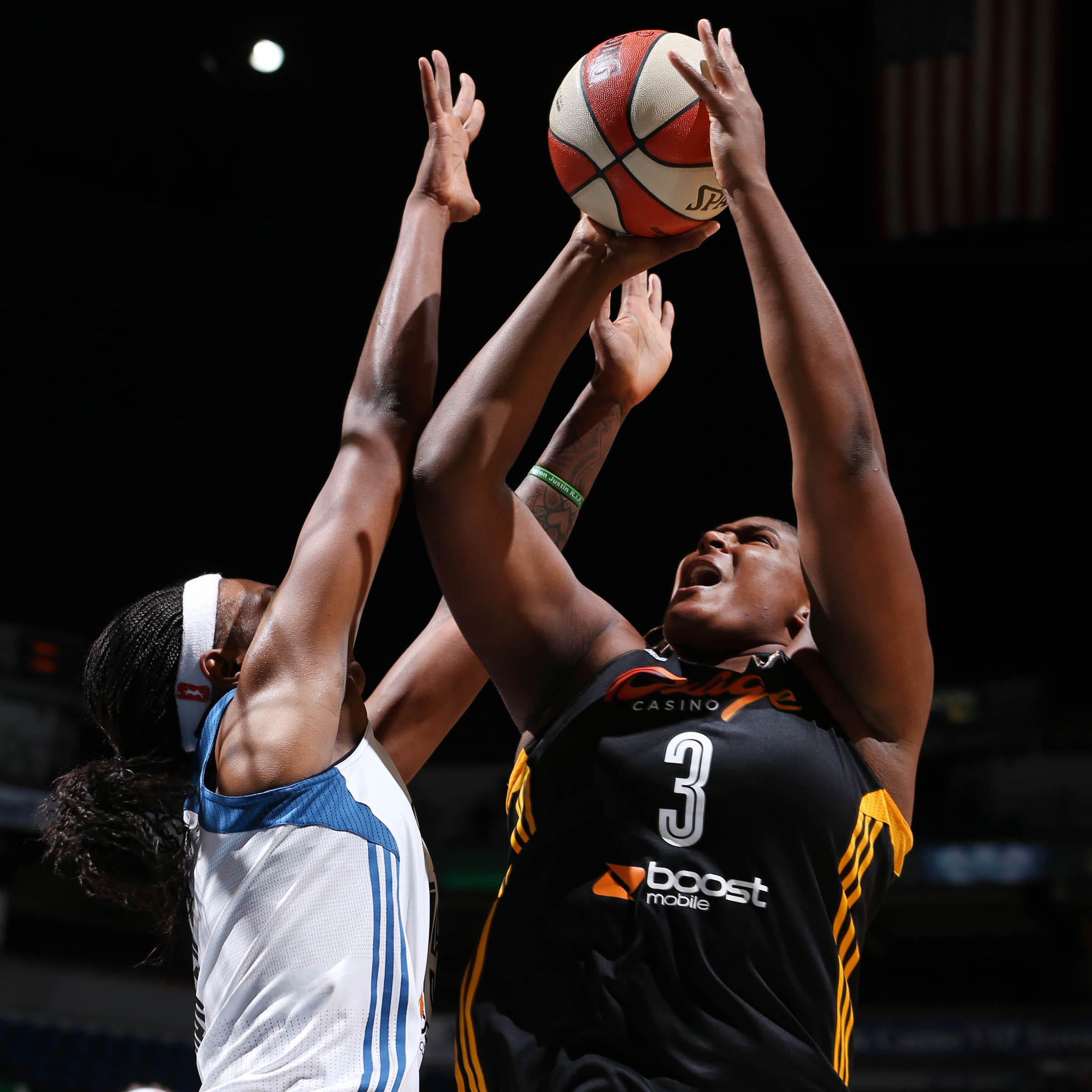Shock center Courtney Paris provided Tulsa with multiple second-chances and helped the Shock control the paint. Paris finished with 16 points and 11 rebounds.
