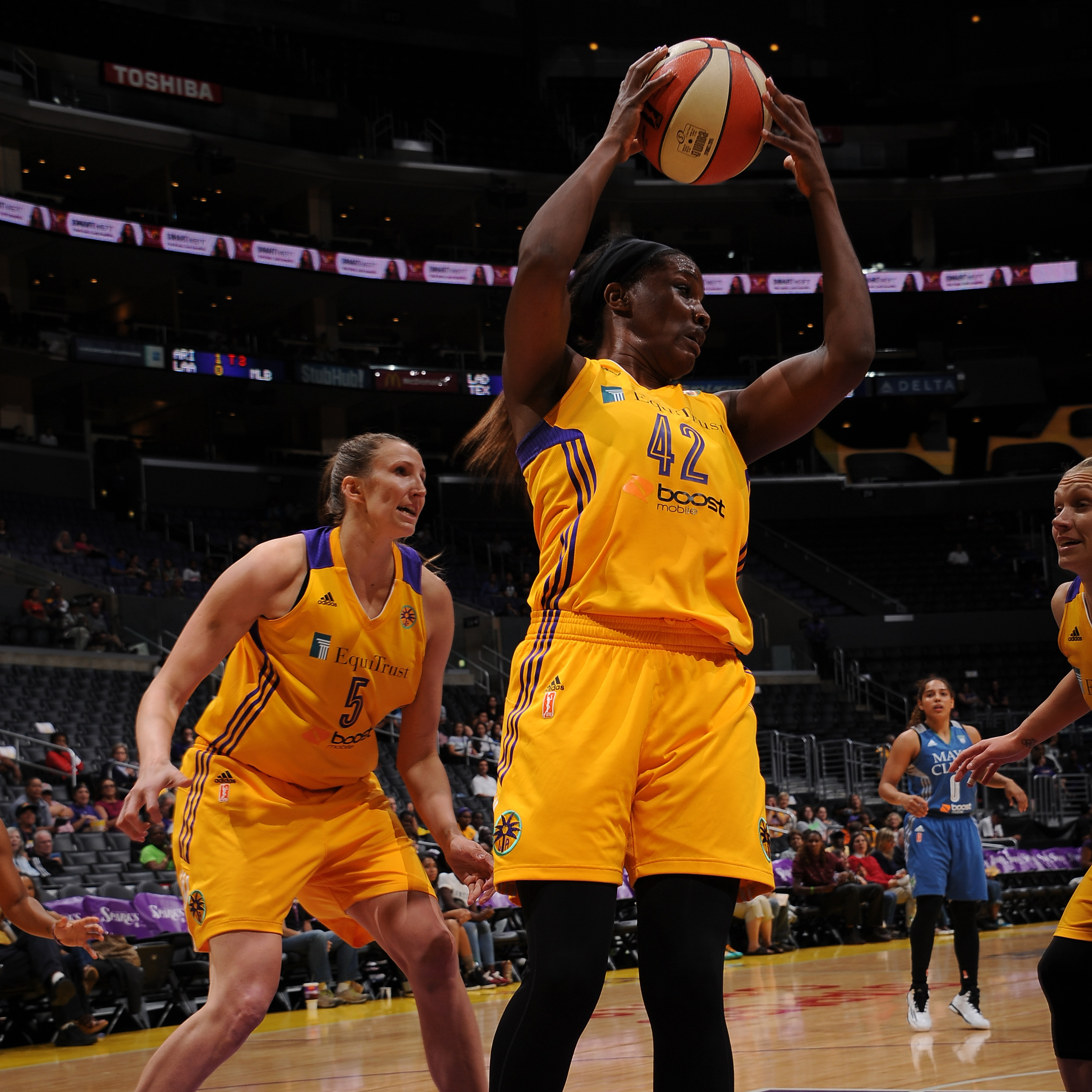 Sparks center Jantel Lavender grabbed her second double-double of the season finishing with 12 points and 13 rebounds.