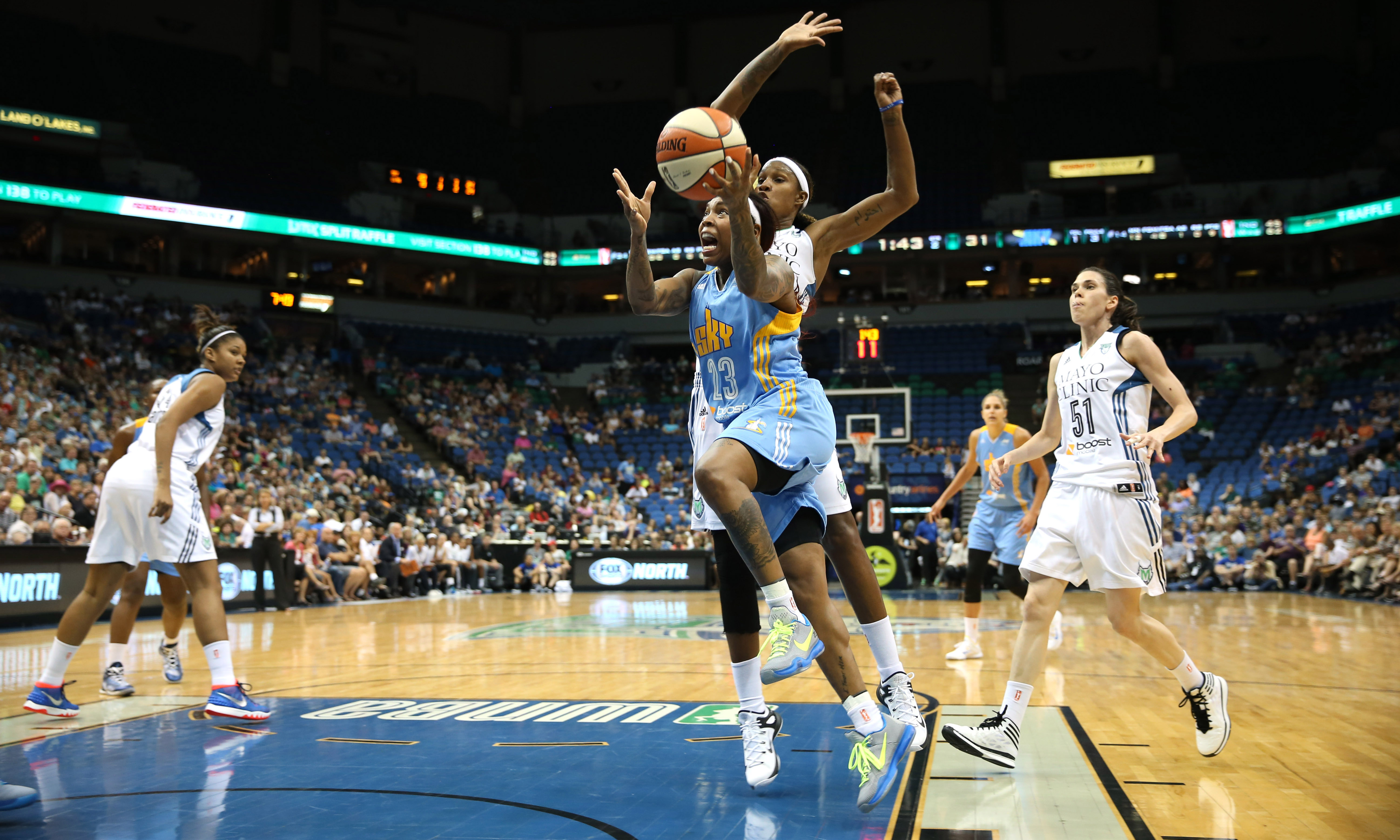 Sky guard Cappie Pondexter entered last night's game as the fifth-leading scorer in the league, but was held in check by Lynx guard Anna Cruz. Pondexter finished with just four points on 2-of-7 shooting and three turnovers.