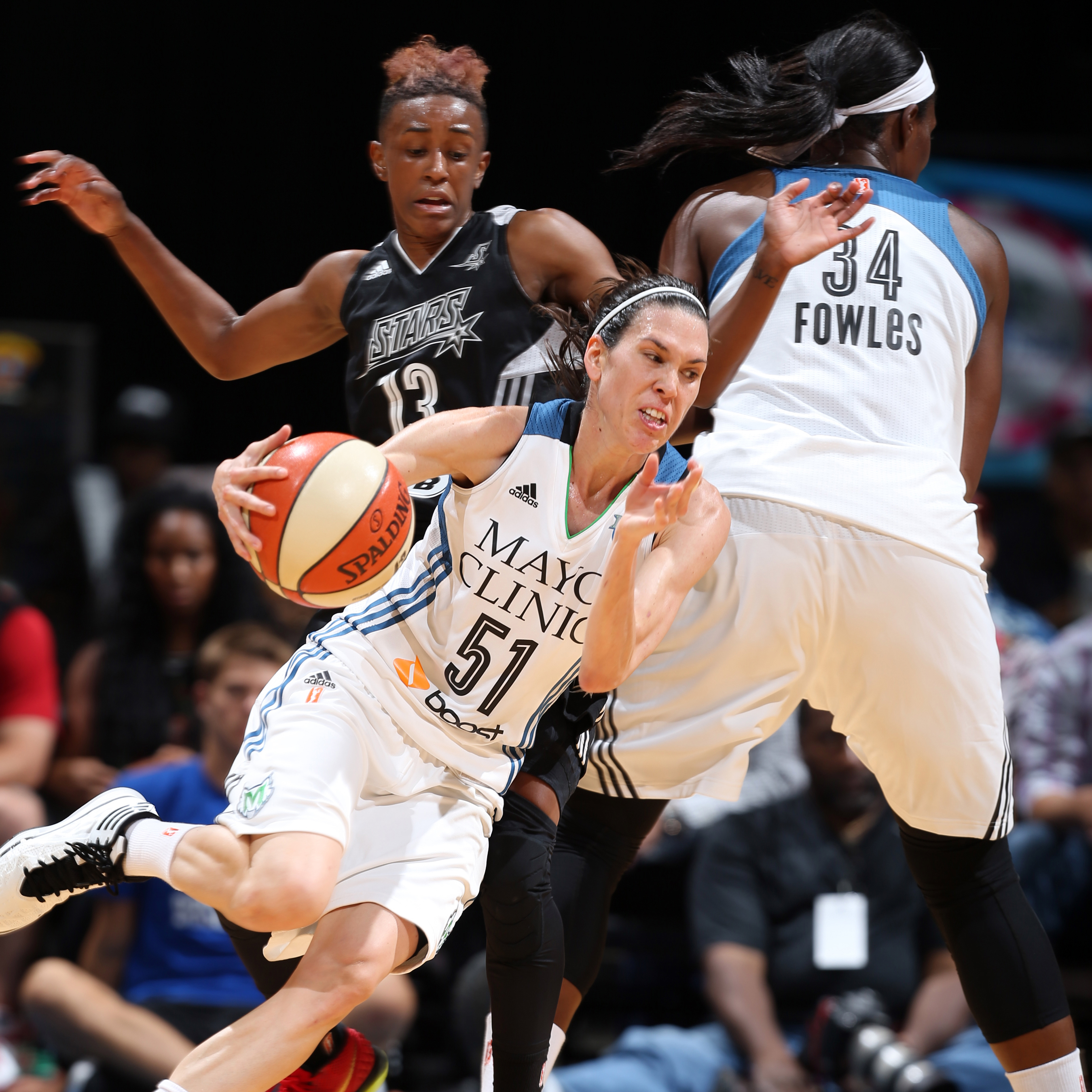 Lynx guard Anna Cruz was critical to Minnesota's win once again, providing great plays on both ends of the floor. Cruz finished with 11 points, six rebounds and two steals.