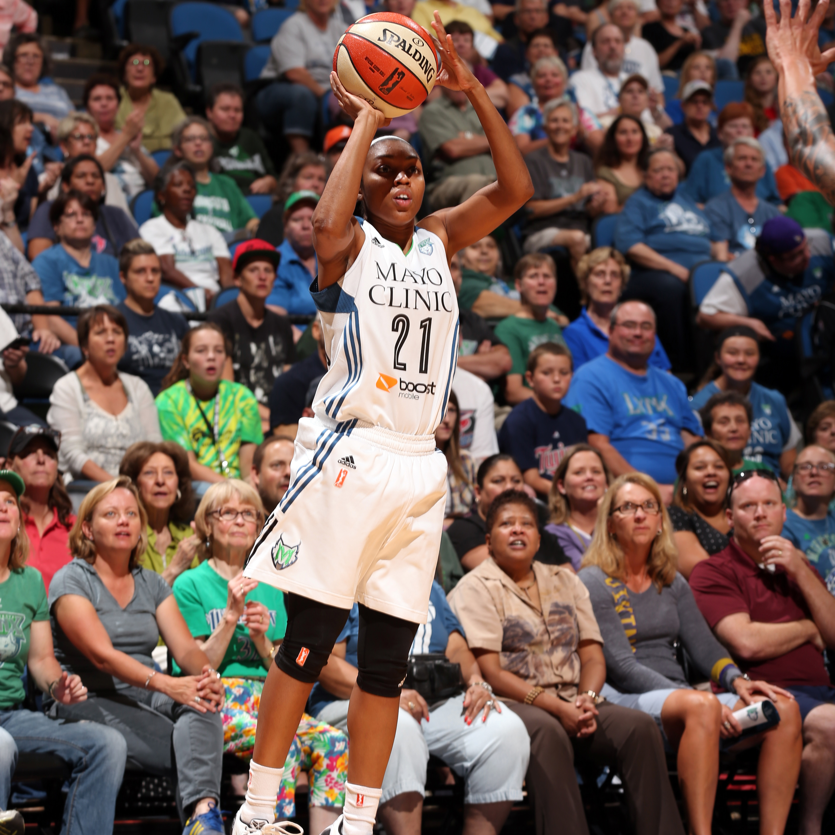 Lynx guard Renee Montgomery had a great night off the bench for the Lynx, finishing with 15 points, two assists and two steals.