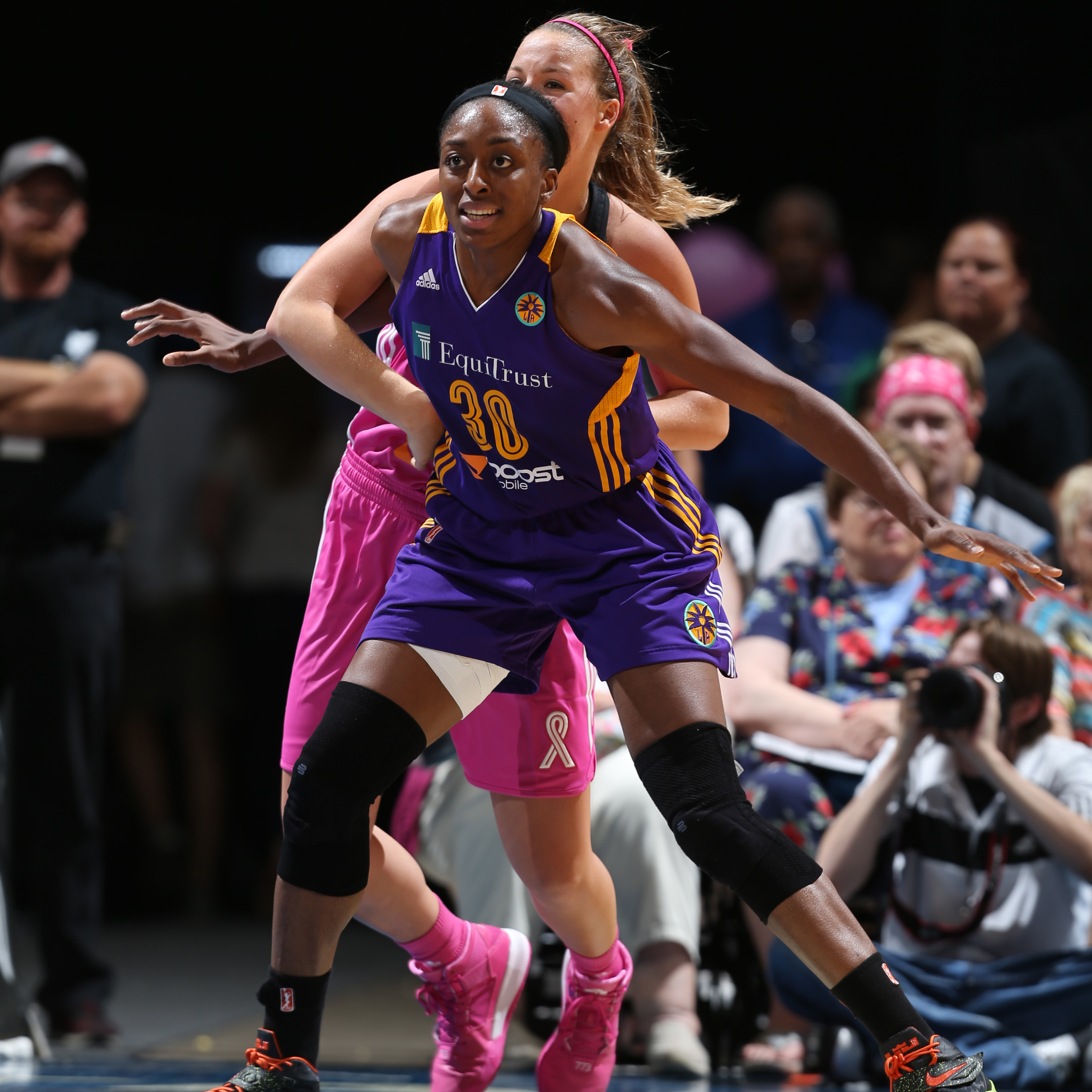 Sparks forward Nneka Ogwumike did her best to lead Los Angeles to a win that night, but fell just short. Ogwumike had a team-high 18 points to go with her five rebounds.