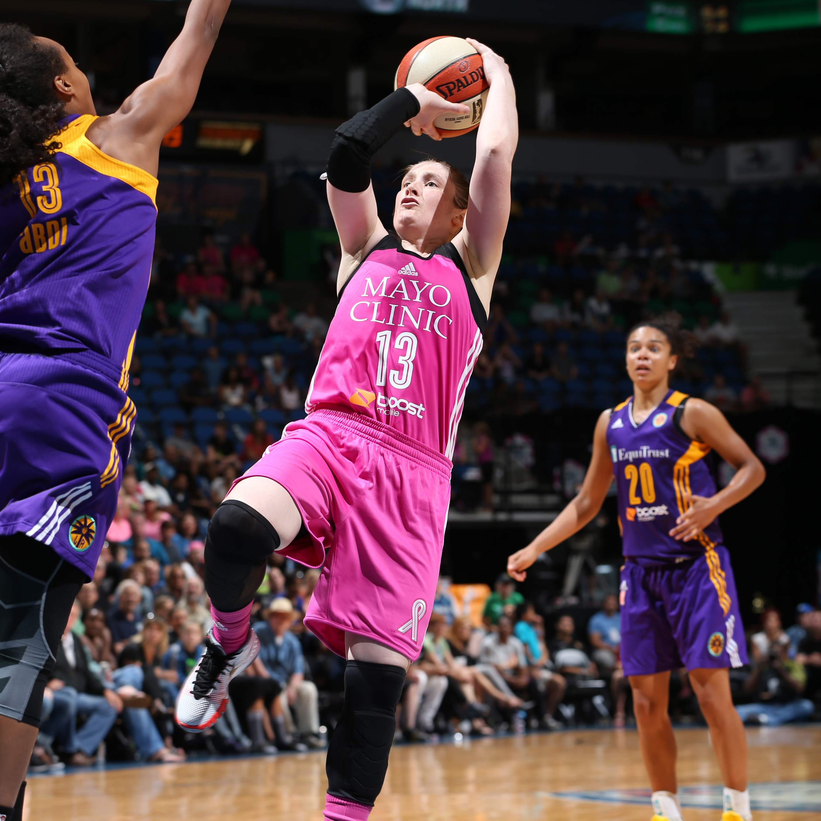 Lynx guard Lindsay Whalen quietly dropped 10 points on the Sparks on August 9, helping guide Minnesota to victory.
