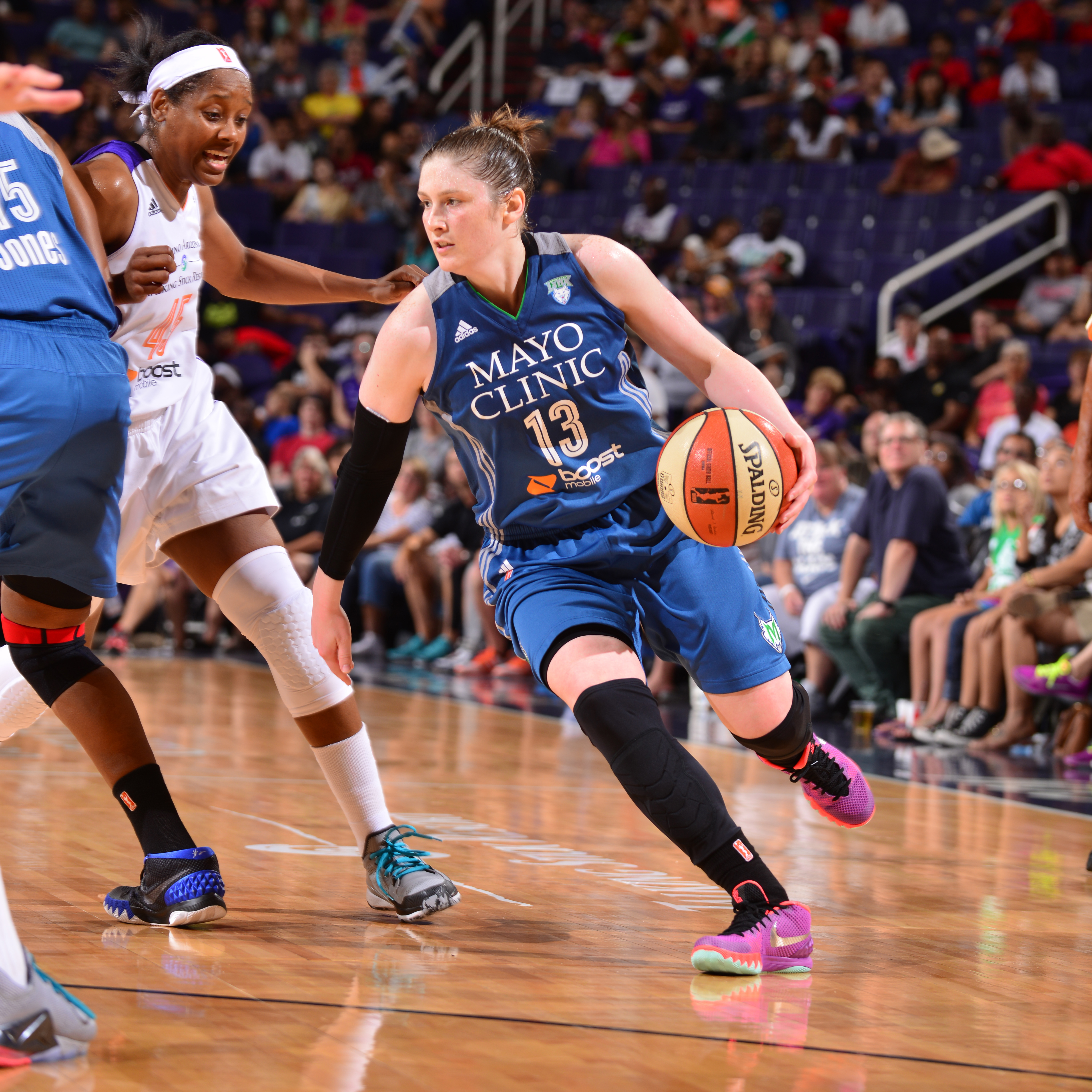 Lynx guard Lindsay Whalen entered Sunday night's game having a double-double in two of her past three games. Unfortunately, Whalen could not manage one tonight, finishing with six points, two rebounds and three assists.