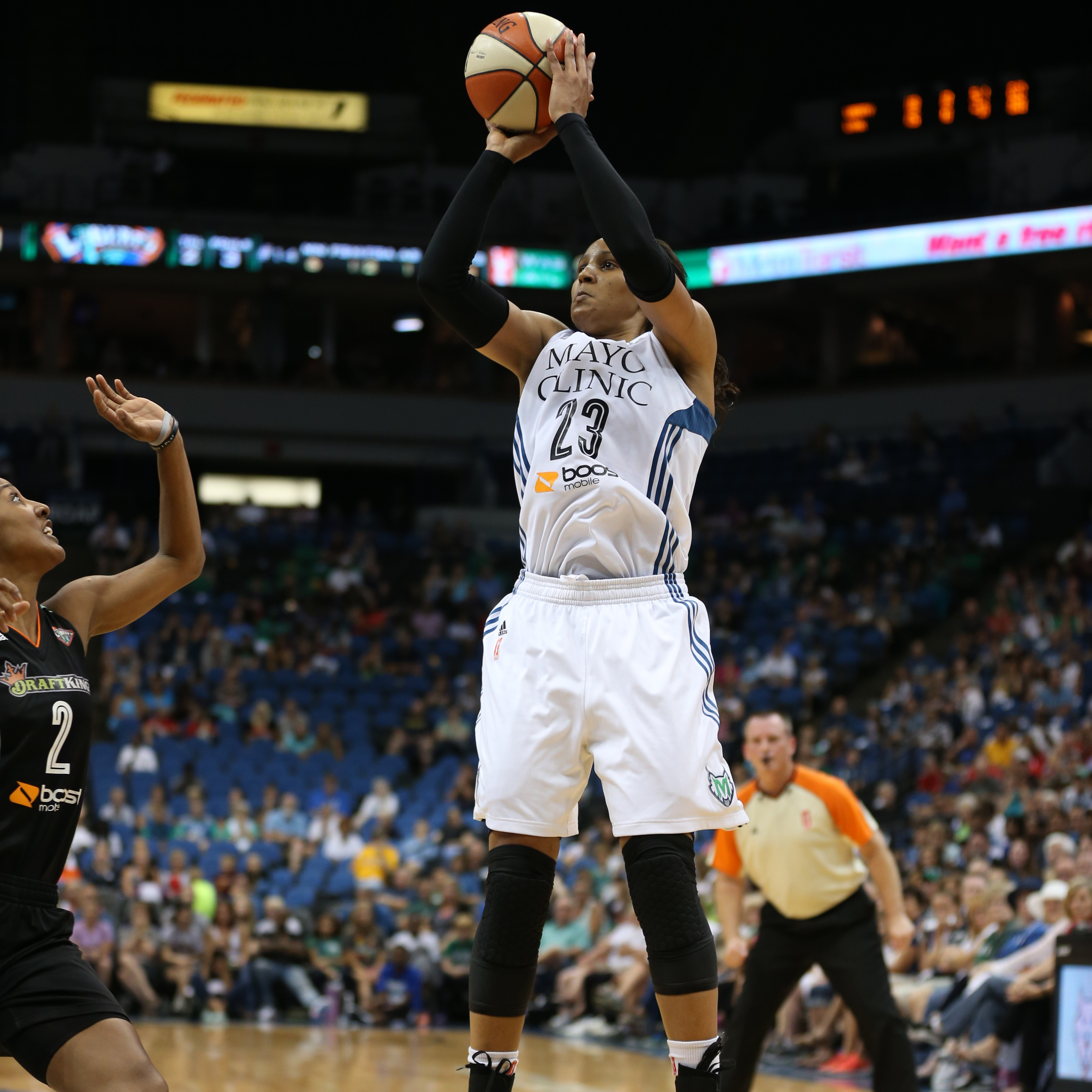After taking an incidental elbow to the face in last Friday night's game, Maya Moore, black-eye and all, came out to lead Minnesota, scoring 23 points, grabbing five rebounds, dishing out two assists and snatching two steals in the Lynx loss.