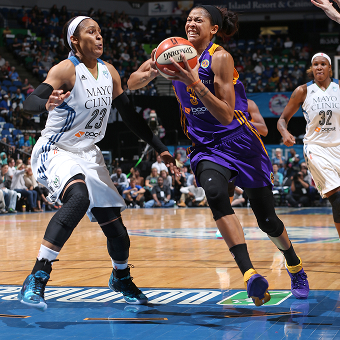 MINNEAPOLIS, MN - SEPTEMBER 22:  Candace Parker #3 of the Los Angeles Sparks drives to the basket against Maya Moore #23 of the Minnesota Lynx during Game 3 of the 2015 WNBA Western Conference Semifinal on September 22, 2015 at Target Center in Minneapolis, Minnesota.  NOTE TO USER: User expressly acknowledges and agrees that, by downloading and or using this Photograph, user is consenting to the terms and conditions of the Getty Images License Agreement. Mandatory Copyright Notice: Copyright 2015 NBAE (Photo by David Sherman/NBAE via Getty Images)