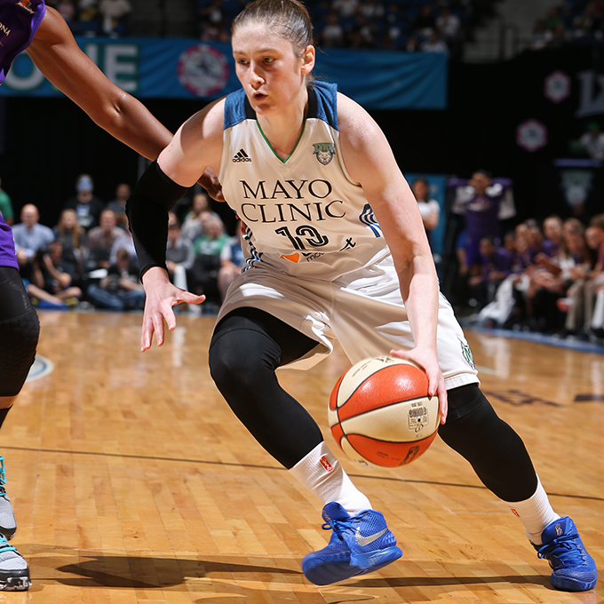 MINNEAPOLIS, MN - SEPTEMBER 24:  Lindsay Whalen #13 of the Minnesota Lynx drives to the basket against the Phoenix Mercury during Game One of the WNBA Western Conference Finals on September 24, 2015 at Target Center in Minneapolis, Minnesota.  NOTE TO USER: User expressly acknowledges and agrees that, by downloading and or using this Photograph, user is consenting to the terms and conditions of the Getty Images License Agreement. Mandatory Copyright Notice: Copyright 2015 NBAE (Photo by David Sherman/NBAE via Getty Images)