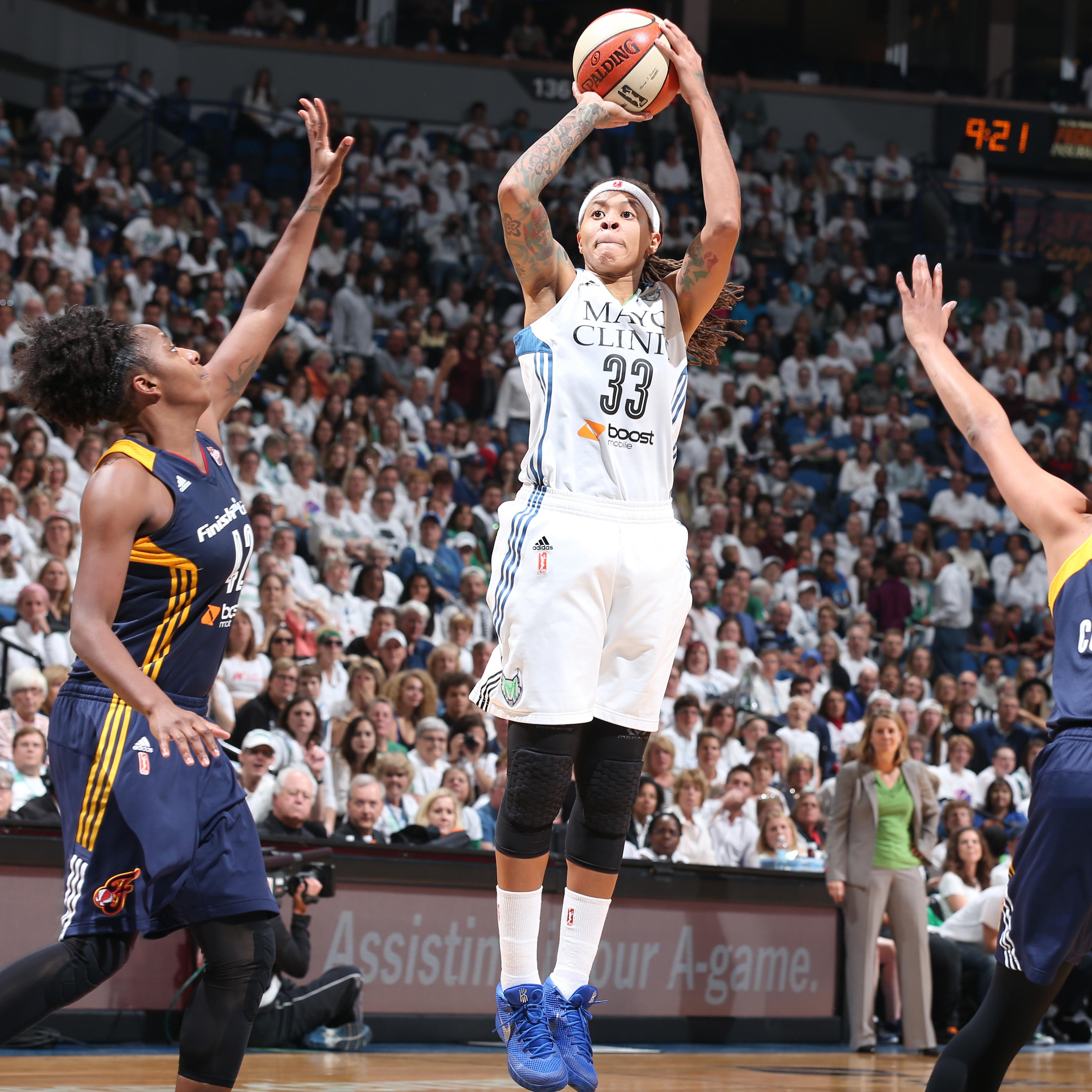 Indiana Fever v Minnesota Lynx- 2015 WNBA Finals- Game Five
