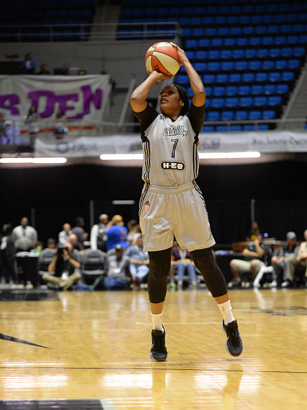 Connecticut Sun v San Antonio Stars