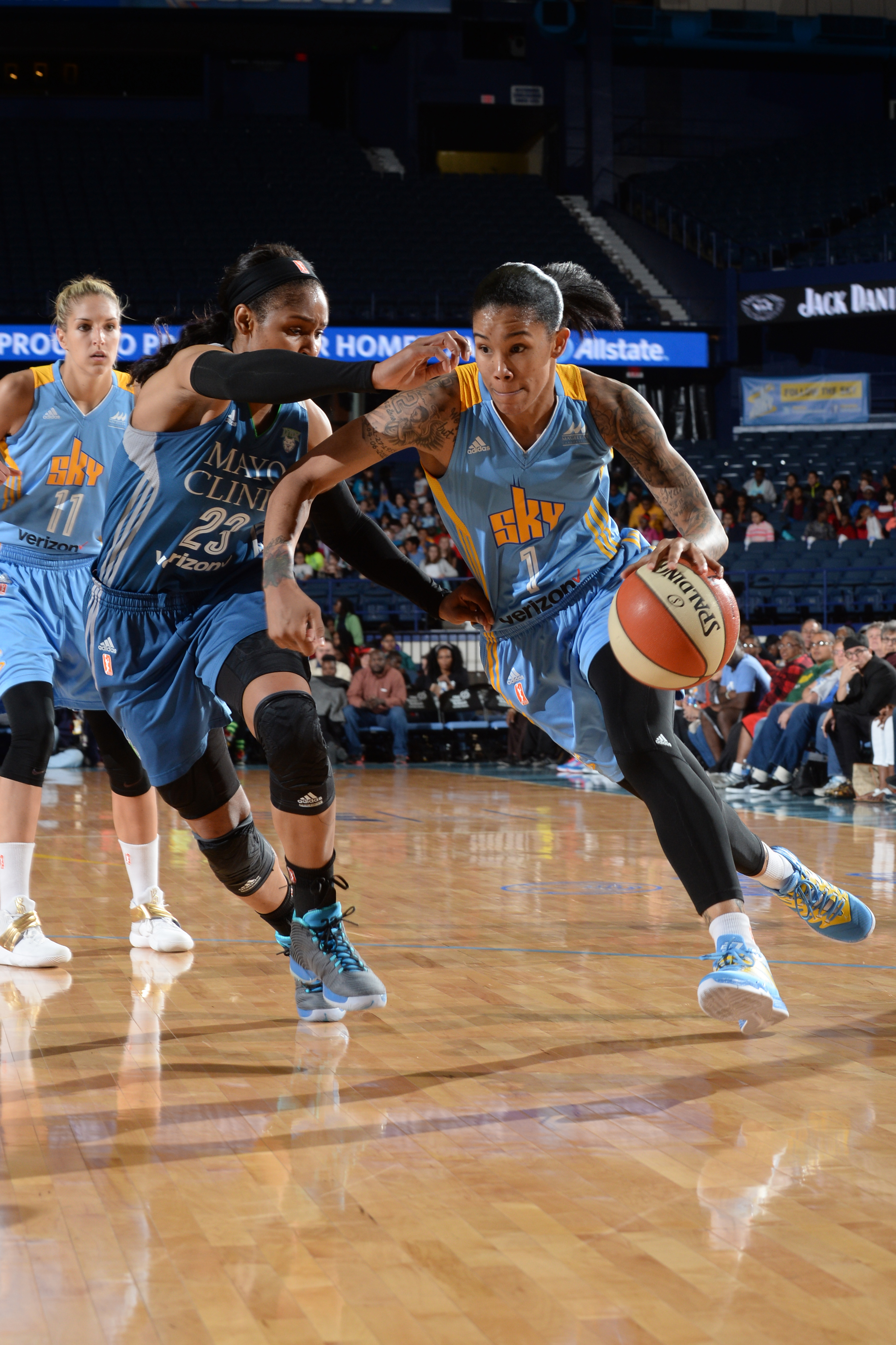 ROSEMONT, IL- MAY 18: Tamera Young #1 of the Chicago Sky drives to the basket against the Minnesota Lynx on May 18, 2016 at the Allstate Arena in Rosemont, Illinois. NOTE TO USER: User expressly acknowledges and agrees that, by downloading and/or using this photograph, user is consenting to the terms and conditions of the Getty Images License Agreement. Mandatory Copyright Notice: Copyright 2016 NBAE (Photo by Randy Belice/NBAE via Getty Images)