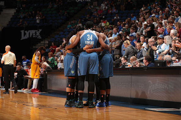 MINNEAPOLIS, MN - MAY 27:  The Minnesota Lynx huddle during the game against the Indiana Fever on May 27, 2016 at Target Center in Minneapolis, Minnesota. NOTE TO USER: User expressly acknowledges and agrees that, by downloading and or using this Photograph, user is consenting to the terms and conditions of the Getty Images License Agreement. Mandatory Copyright Notice: Copyright 2016 NBAE (Photo by Jordan Johnson/NBAE via Getty Images)