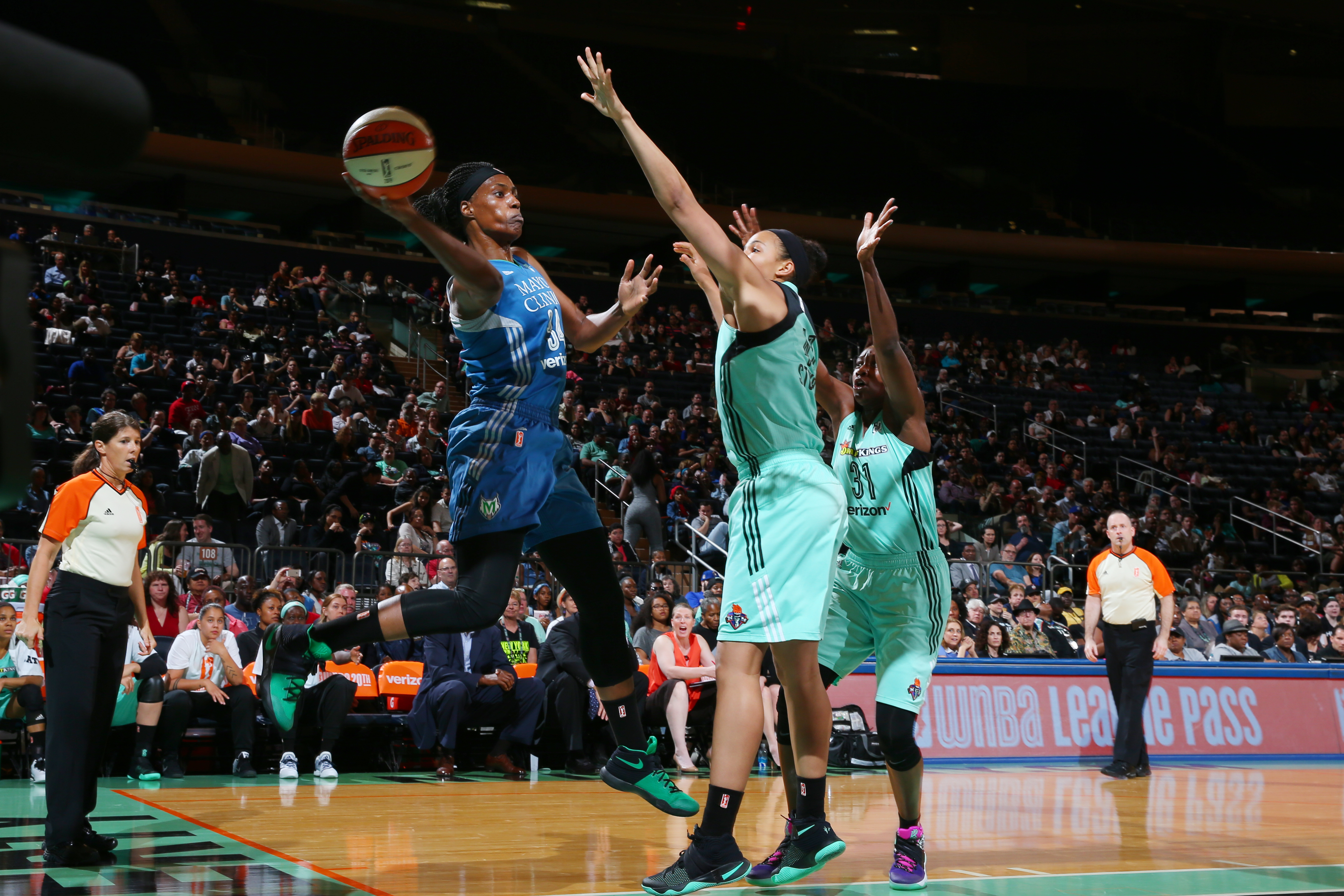 NEW YORK, NY - MAY 31: Sylvia Fowles #34 of the Minnesota Lynx throws the ball inbound against the New York Liberty during the game on May 31, 2016 at Madison Square Garden in New York, New York. NOTE TO USER: User expressly acknowledges and agrees that, by downloading and or using this Photograph, user is consenting to the terms and conditions of the Getty Images License Agreement. Mandatory Copyright Notice: Copyright 2016 NBAE (Photo by Mike Stobe/NBAE via Getty Images)