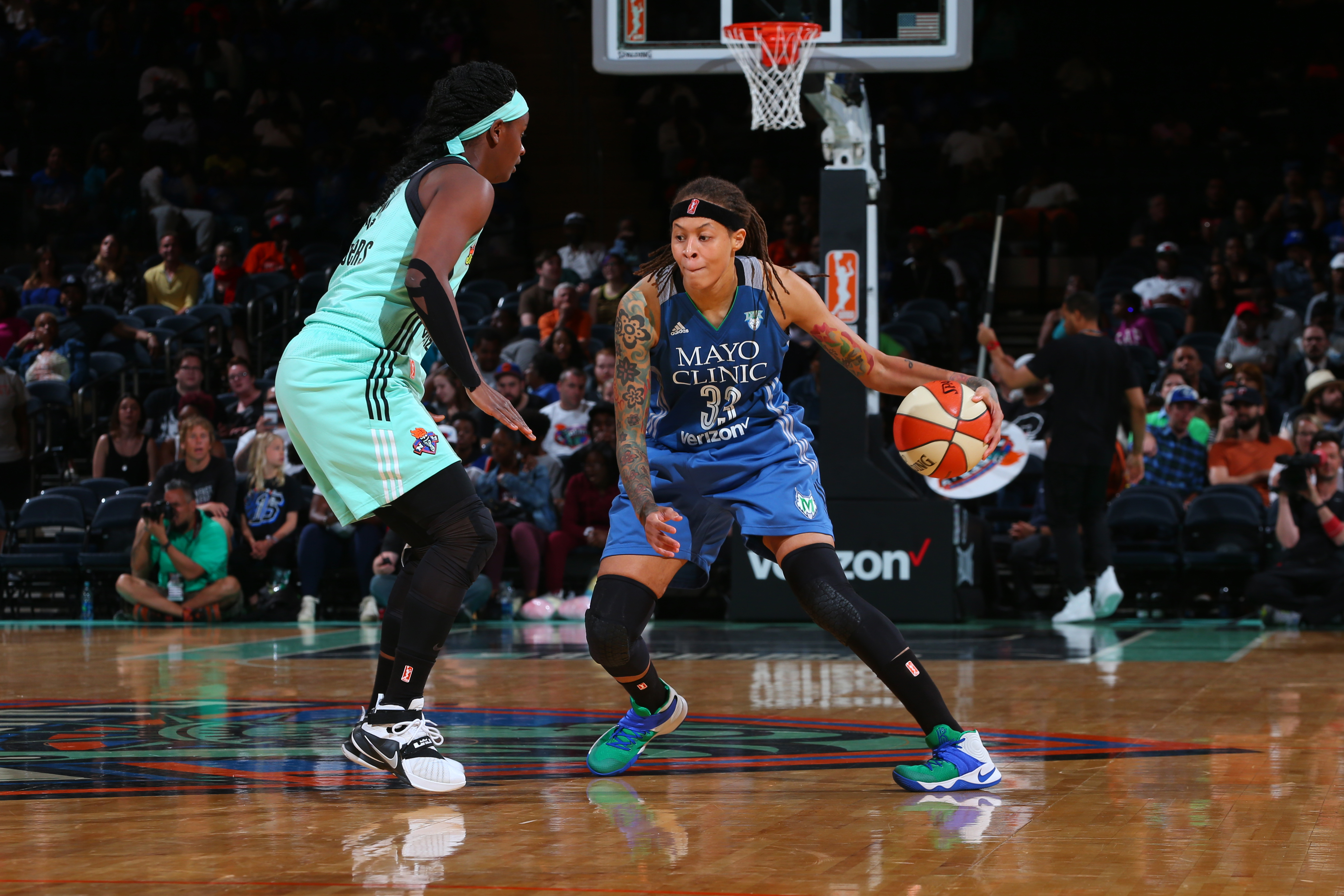 NEW YORK, NY - MAY 31: Seimone Augustus #33 of the Minnesota Lynx defends the ball against the New York Liberty during the game on May 31, 2016 at Madison Square Garden in New York, New York. NOTE TO USER: User expressly acknowledges and agrees that, by downloading and or using this Photograph, user is consenting to the terms and conditions of the Getty Images License Agreement. Mandatory Copyright Notice: Copyright 2016 NBAE (Photo by Mike Stobe/NBAE via Getty Images)