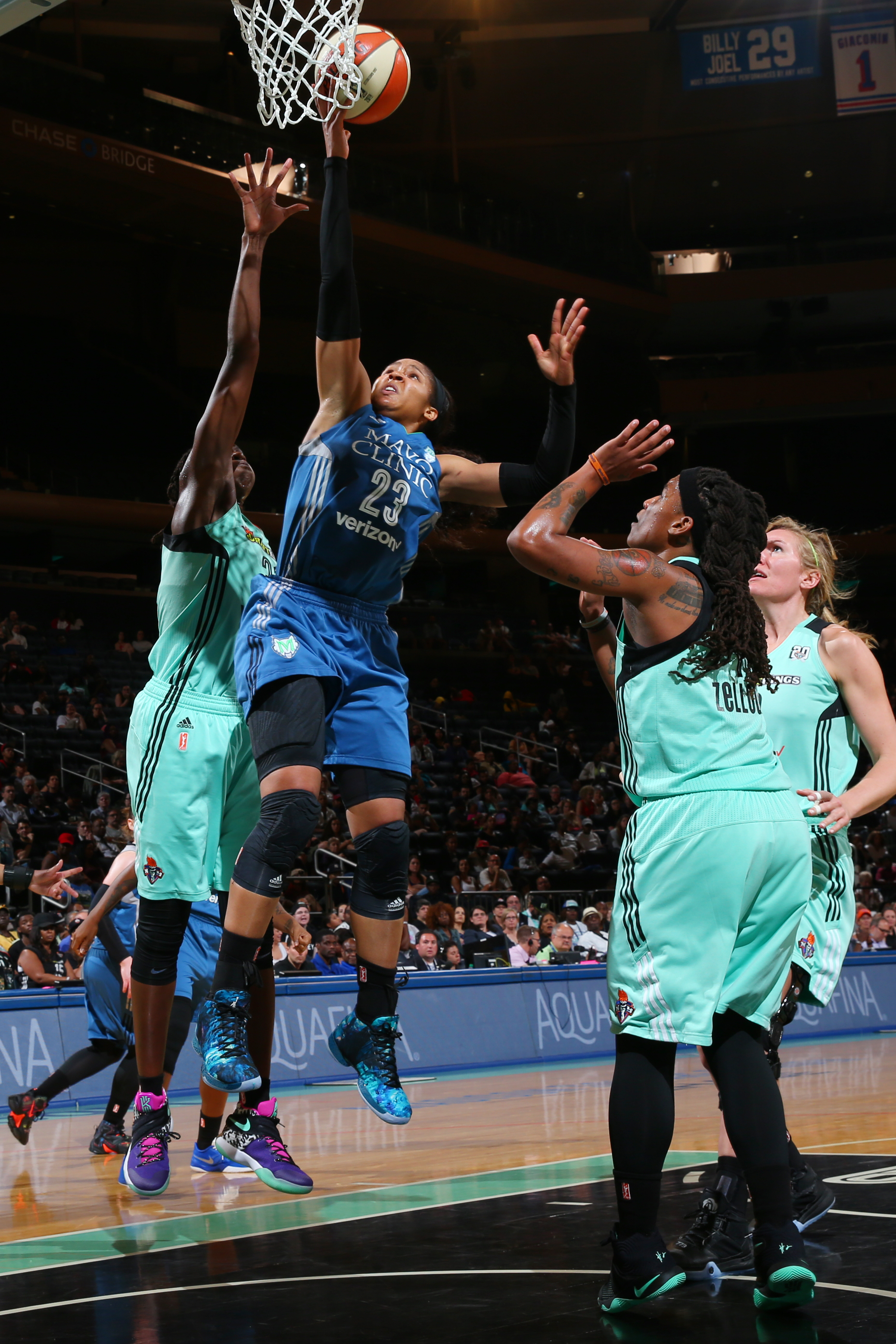 NEW YORK, NY - MAY 31: Renee Montgomery #21 of the Minnesota Lynx goes for the layup against the New York Liberty during the game on May 31, 2016 at Madison Square Garden in New York, New York. NOTE TO USER: User expressly acknowledges and agrees that, by downloading and or using this Photograph, user is consenting to the terms and conditions of the Getty Images License Agreement. Mandatory Copyright Notice: Copyright 2016 NBAE (Photo by Mike Stobe/NBAE via Getty Images)